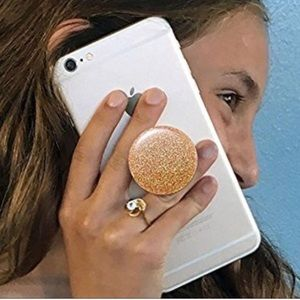 "Accessories - ""Pop Socket"" Free w any purchase from my closet!"